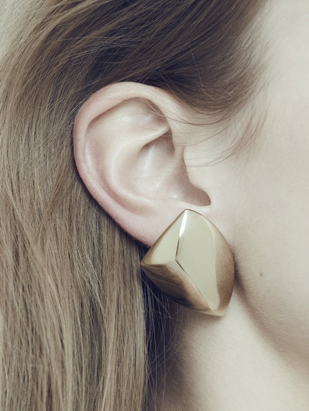 WEARABLE ARCHITECTURE  EARRINGS IN GOLD  BRASS CONTEMPORARY JEWELRY